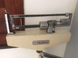 Balança com medição de altura
