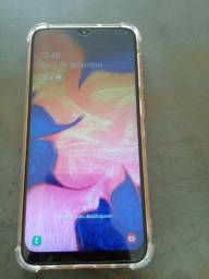 Vendo um Samsung a10 normal