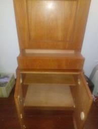 Vendo escrivaninha / estante em madeira