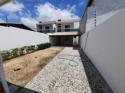 Casa duplex 3 quartos  excelente localização  Messejana