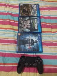 Troco jogos PS4 e controle PS4 em monitor