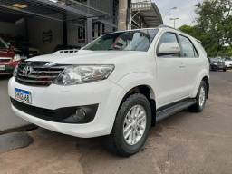 Hilux SW4 3.0 4x4 Turbo Diesel 7 Lugares ano 2014