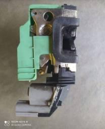 Fechadura dianteira direita elétrica uno vivace (whay)