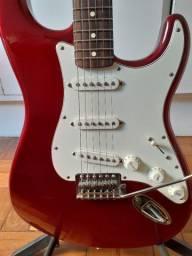 Guitarra Fender Strato MIM 2015