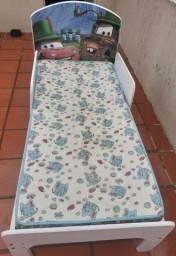 Vendo cama infantil com colchão