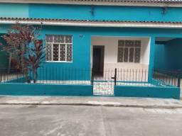Título do anúncio: Alugo casa de 2 quartos em Realengo