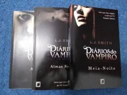 Vendo Coleção 1 e 2 Diários do Vampiro ? 7 livros
