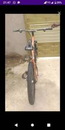 Vende-se uma bicicleta