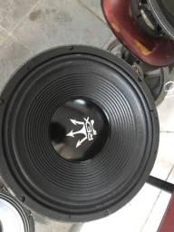 2 alto falante Magnum Rex 15 polegadas 1100 wats.