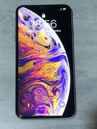Título do anúncio: iPhone XS Max 256gb prateado em bom estado