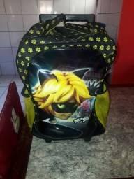 Título do anúncio: Vendo mochila infantil