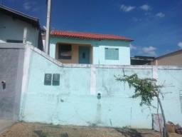 Casa em Vila Carminha, Campinas/SP de 200m² 3 quartos à venda por R$ 280.000,00
