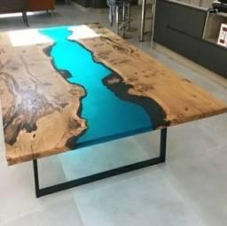 Mesas River Table