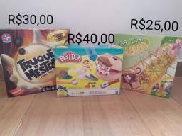 Brinquedos - Truque de Mestre Júnior / Cai Cai Macaco