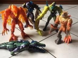 Monstros Max Steel