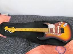 Título do anúncio: Guitarra tagima TG 530