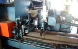 Máquina de fábricar telhas de concreto