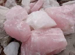 Pedras quartzo branco e Rosa