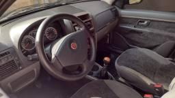 Siena 1.6 16v essence 2012