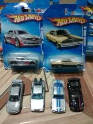 Hotwheels carrinhos em miniatura