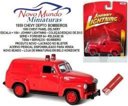 Miniatura 1950 Chevy Dept Bombeiro da Johnny Lightning 1/64