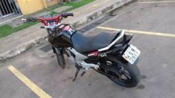 Vendo ou troco por moto em dias - 2006