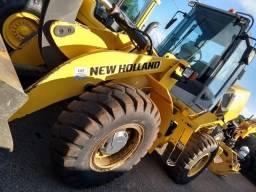 Pá carregadeira New Holland W130 2011 - 2011