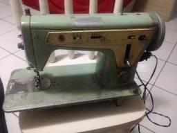 Maquina de costura Singer 667