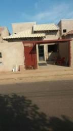 Linda casa no Bairro Rita Vieira, com documentos prontos pra financiar