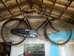 Bicicleta antiga haleigh