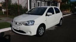 Toyota Etios x 1.3 - 2014