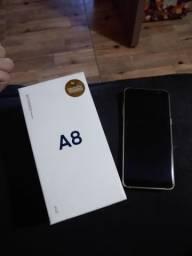 Vendo Galaxy A8 por 900 reais