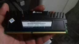 Troco 2 pentes gamer Corsair de 2Gb por memória de 4 GB 1600Mhz