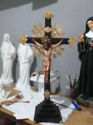 Crucifixo estilo barroco