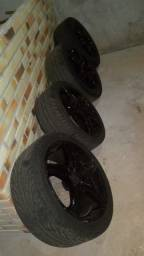 Rodas tamanho 18 com pneu