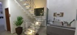 Duplex com 4 quartos, todo fino acabamento, piscina e área gourmet. cond. blue Garden