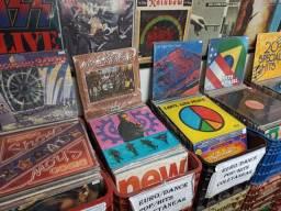 Discos de Vinil de Dance, Euro, Coletâneas e Pop Hits, temos vários