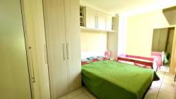 Lindo apartamento com semi mobilia a venda