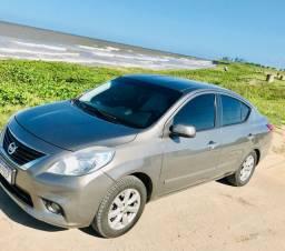 Lindo Nissan Versa 2013