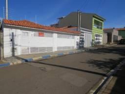 REF 137 Casa 2 dormitórios, edícula, excelente localização, Imobiliária Paletó