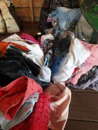 Vendo este lote de roupas