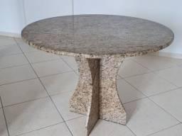Vendo mesa de granito ornamental, seminova