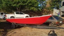 Barco com motor 25