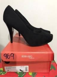 Sapato de Salto Alto Camurça ? Marca: Beira Rio Conforto