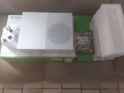 Xbox One s 1 controle impecável e GTA V
