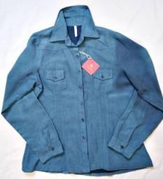 Camisa azul veludo