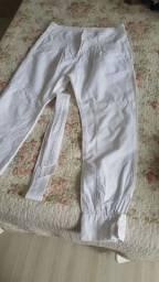 Calça branca número 36