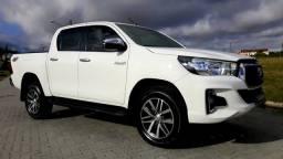 Toyota Hilux SRV impecável 2019