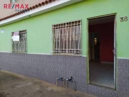 Título do anúncio: Casa dois quartos Santana - Muriaé/MG