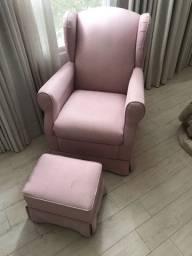 Cadeira de amamentação + apoio para os pés
